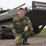 Panzer-Instruktor Christopher ist Spezialist für den BMP Schützenpanzer
