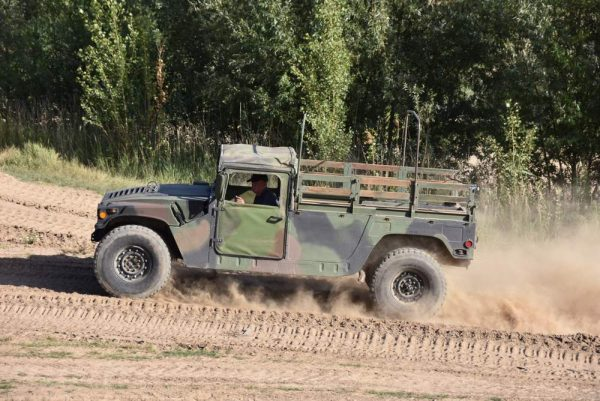 Hummer fahren im Offroadkessel Landsberg
